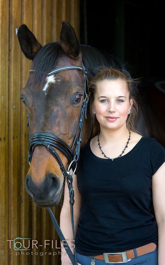 Pferd und Besitzerin