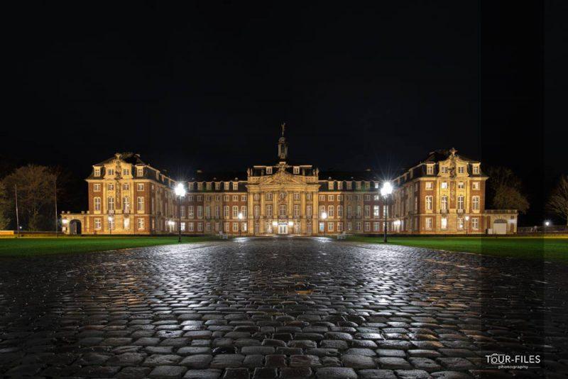 Schloss Münster bei Nacht