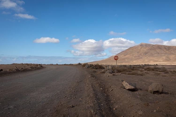 Wüste Strasse Schild